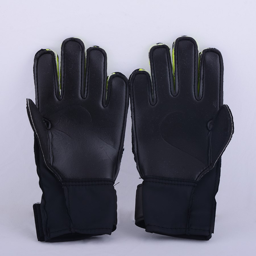 Picture of Goalkeeper Gloves Nike GK Match FA16