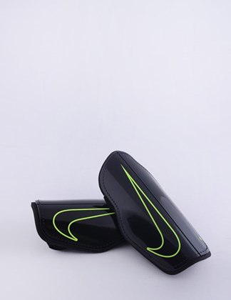 Picture of Nike Charge 2.0 Guard