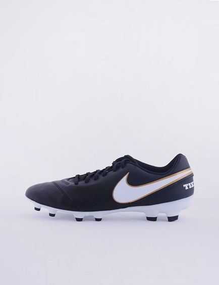 Picture of Nike Tiempo black boots