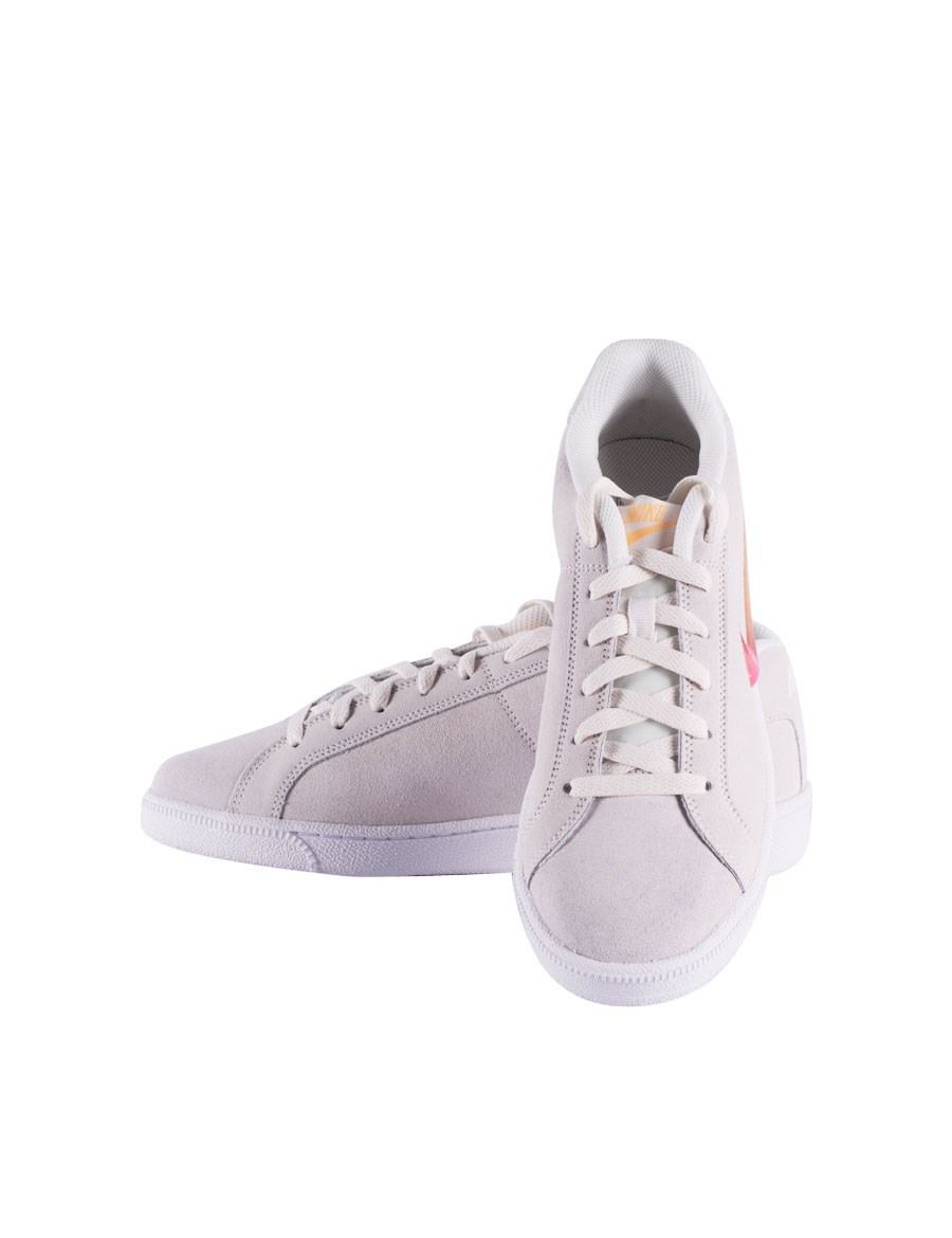 Picture of Ladies' Nike Court  sneakers